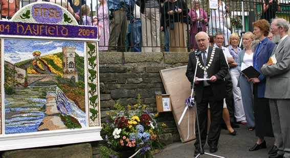 Hayfield Well Dressing (c) Phil Gee 2004